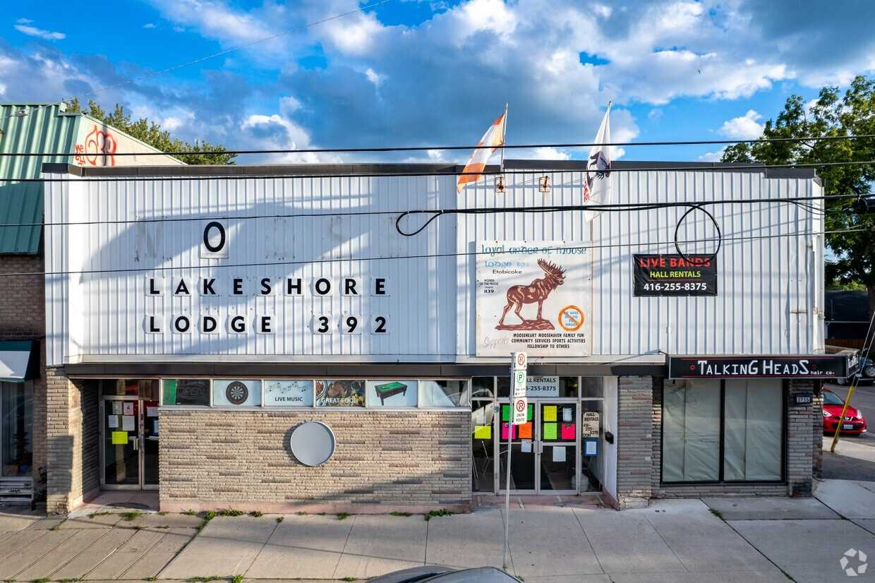 Commercial/retail For Sale In Toronto , ,Commercial/retail,For Sale,Lake Shore