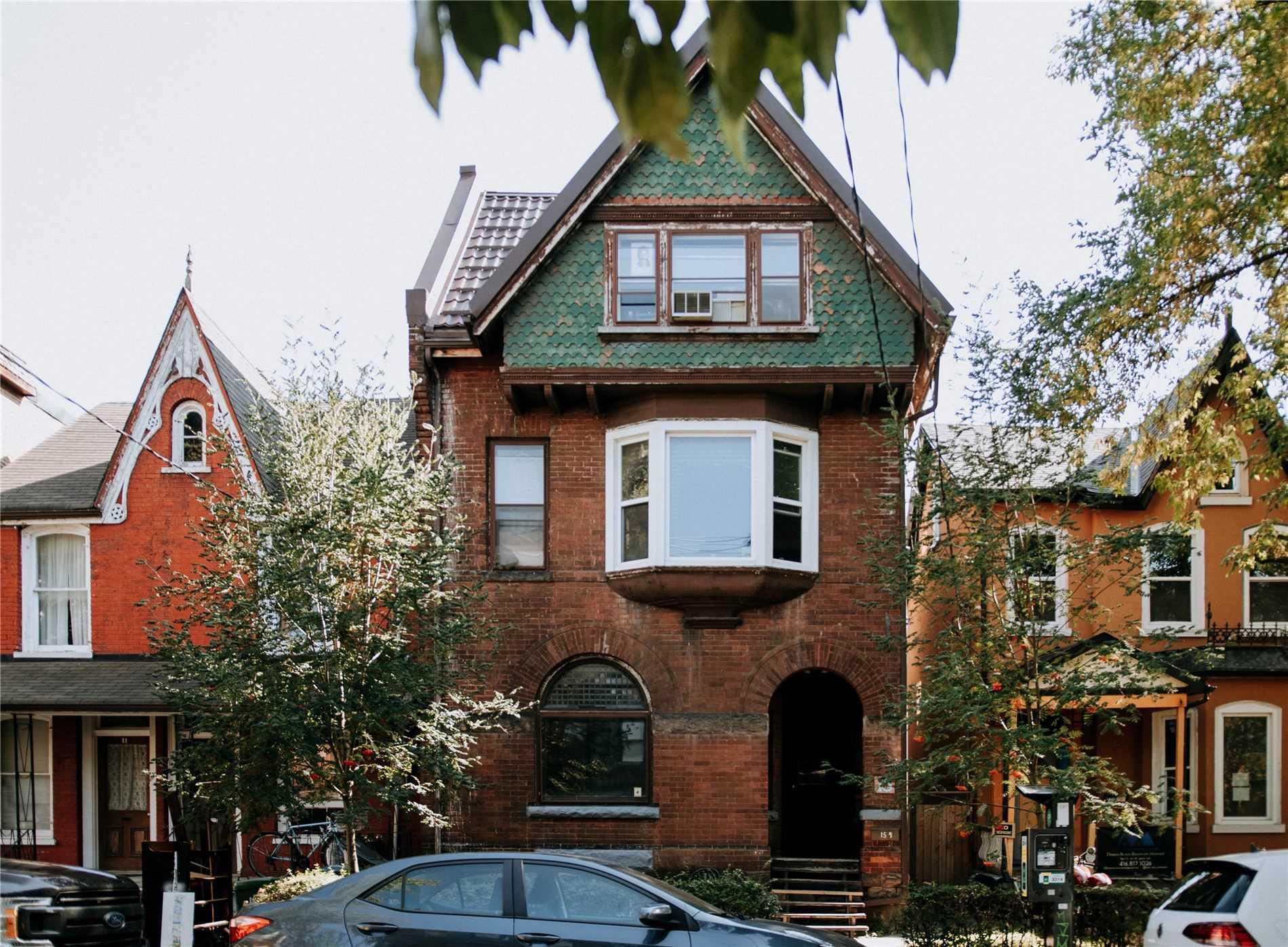 15 D'arcy St, Toronto, Ontario M5T1J8, 8 Bedrooms Bedrooms, 11 Rooms Rooms,4 BathroomsBathrooms,Semi-detached,For Sale,D'arcy,C5378785
