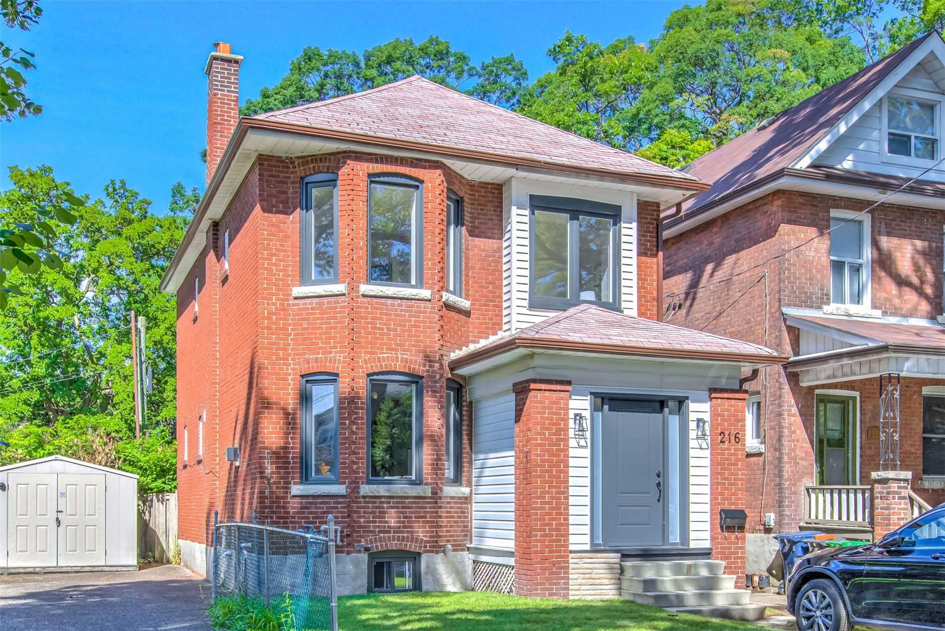 Detached house For Sale In Toronto - 216 Evelyn Ave, Toronto, Ontario, Canada M6P2Z9 , 4 Bedrooms Bedrooms, ,4 BathroomsBathrooms,Detached,For Sale,Evelyn