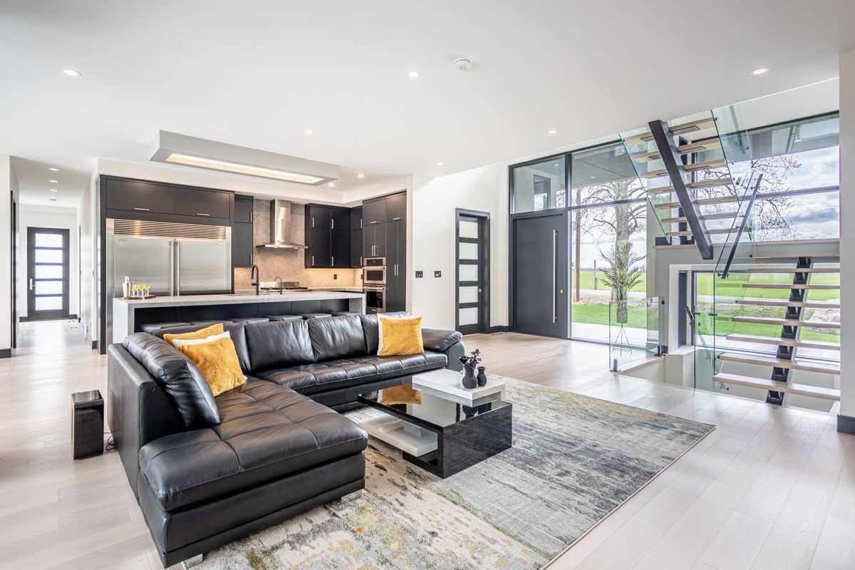 Detached house For Sale In Hamilton - 381 7th Concession Rd, Hamilton, Ontario, Canada L0R 1V0 , 3 Bedrooms Bedrooms, ,5 BathroomsBathrooms,Detached,For Sale,7th Concession