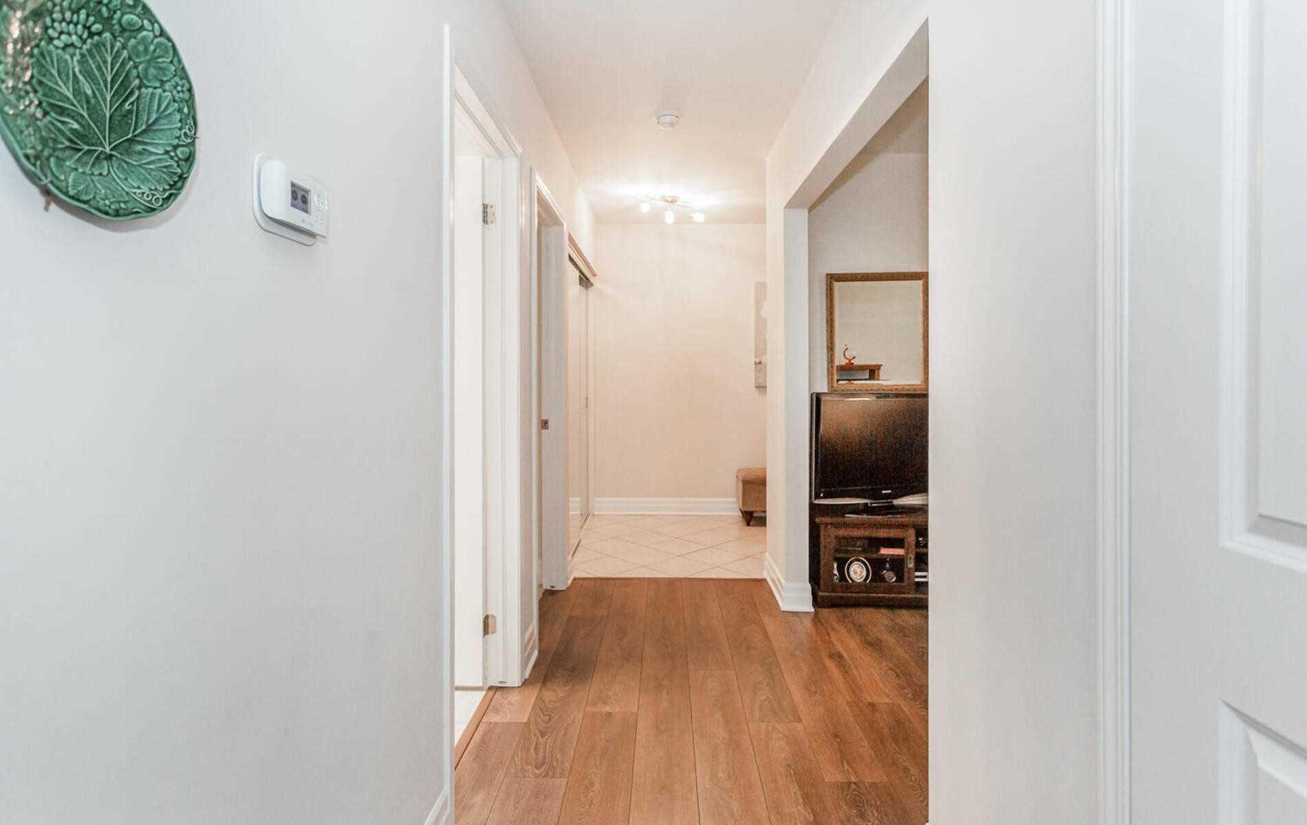Condo Apt For Lease In Brampton , 2 Bedrooms Bedrooms, ,2 BathroomsBathrooms,Condo Apt,For Lease,309,Baycliffe