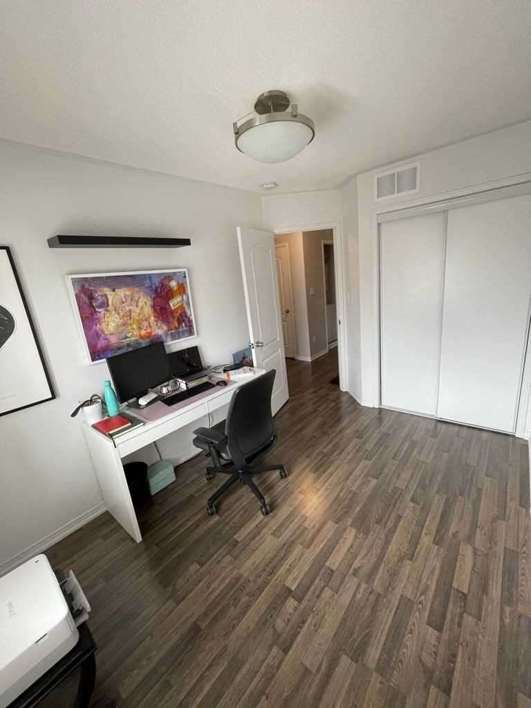 Condo Townhouse For Lease In Oakville , 2 Bedrooms Bedrooms, ,2 BathroomsBathrooms,Condo Townhouse,For Lease,16,Post