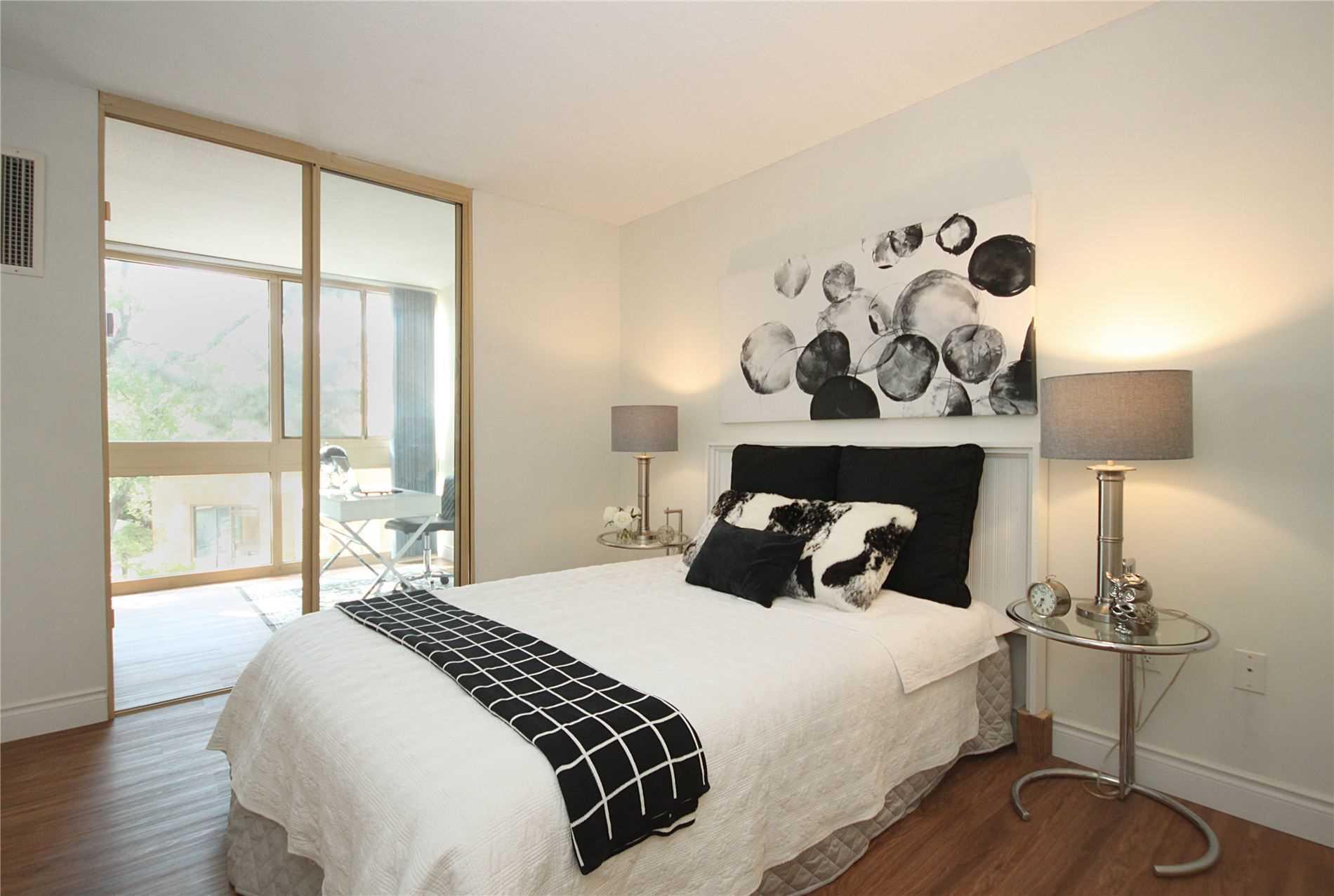 Condo Apt For Sale In Toronto , 2 Bedrooms Bedrooms, ,2 BathroomsBathrooms,Condo Apt,For Sale,209,Beecroft