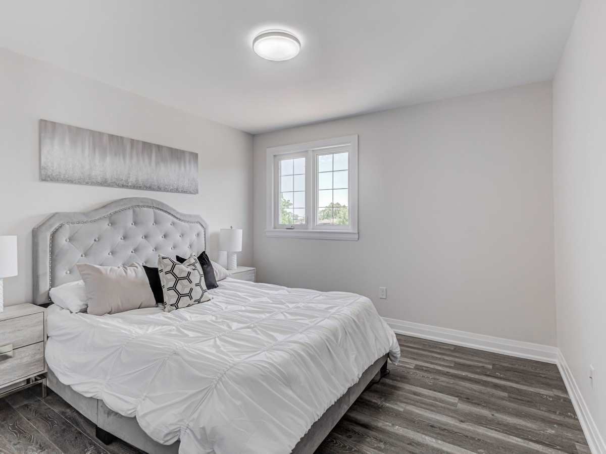 Detached house For Lease In Toronto - 70 Clovelly Ave, Toronto, Ontario, Canada M6C1Y3 , 3 Bedrooms Bedrooms, ,2 BathroomsBathrooms,Detached,For Lease,Clovelly