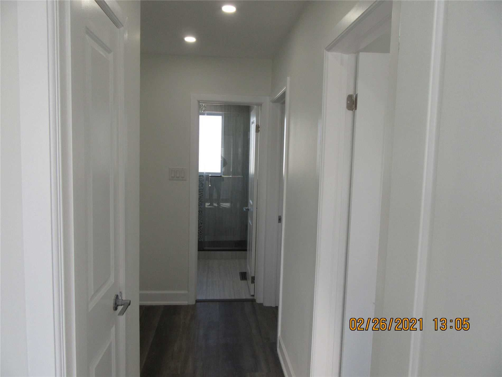 Detached house For Lease In Whitby - 929 Greenwood Cres, Whitby, Ontario, Canada L1N1C9 , 3 Bedrooms Bedrooms, ,1 BathroomBathrooms,Detached,For Lease,Greenwood