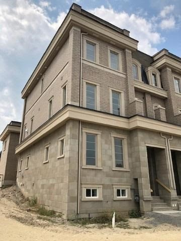 Att/row/twnhouse For Lease In Richmond Hill , 4 Bedrooms Bedrooms, ,5 BathroomsBathrooms,Att/row/twnhouse,For Lease,Main,Bayview