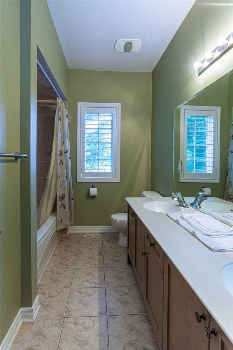 Detached house For Lease In Wasaga Beach - 6 Basswood Dr, Wasaga Beach, Ontario, Canada L9Z 0A9 , 5 Bedrooms Bedrooms, ,5 BathroomsBathrooms,Detached,For Lease,Basswood