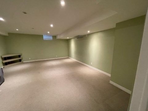 Semi-Detached For Lease In Mississauga , 1 Bedroom Bedrooms, ,1 BathroomBathrooms,Semi-Detached,For Lease,Bsmnt,Sunlight