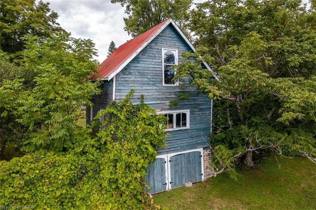Detached house For Sale In Prince Edward County - 349 Bloomfield Main St, Prince Edward County, Ontario, Canada K0K 1G0 , 4 Bedrooms Bedrooms, ,2 BathroomsBathrooms,Detached,For Sale,Bloomfield Main