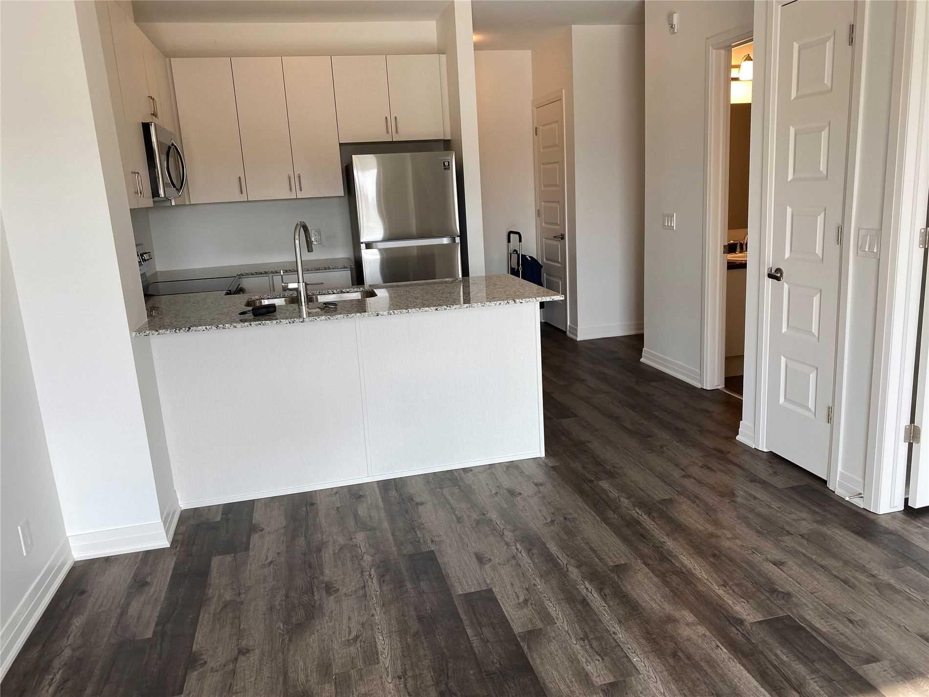 Condo Apt For Lease In Oakville , 1 Bedroom Bedrooms, ,1 BathroomBathrooms,Condo Apt,For Lease,226,Grovewood Common