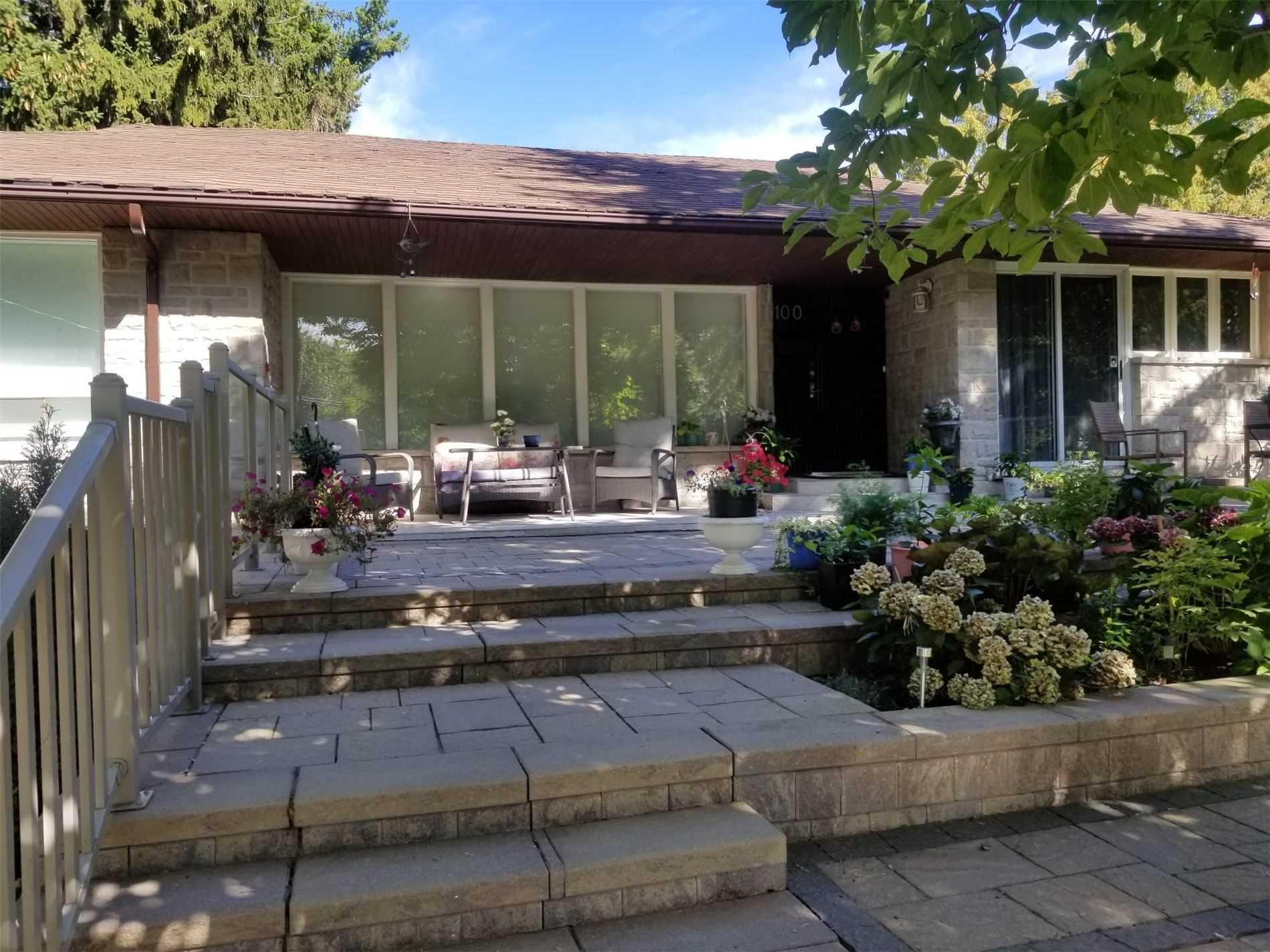 100 Hill Cres, Toronto, Ontario M1M1J8, 3 Bedrooms Bedrooms, 5 Rooms Rooms,4 BathroomsBathrooms,Detached,For Sale,Hill,E5380178