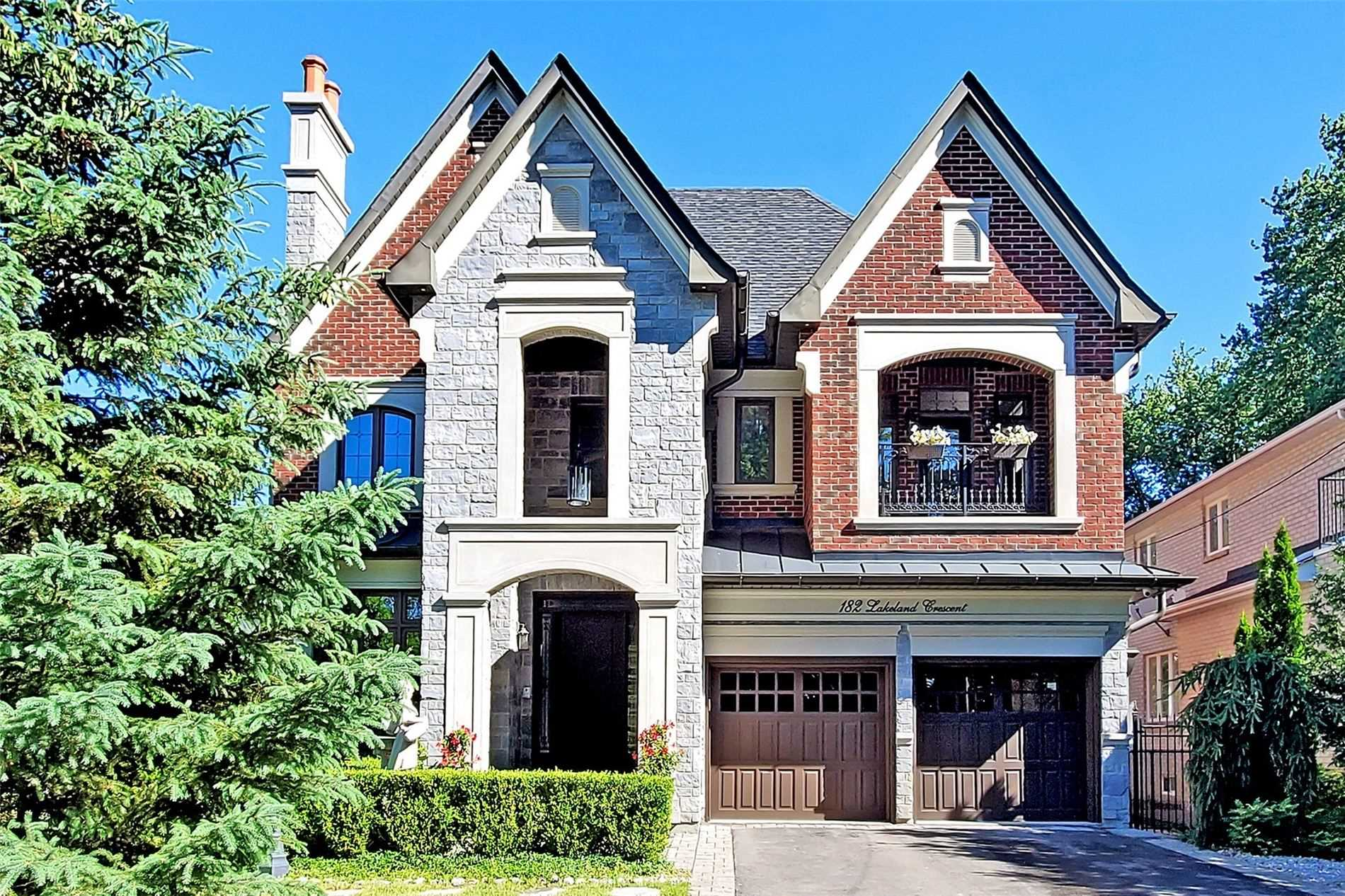 Detached house For Lease In Richmond Hill - 182 Lakeland Cres, Richmond Hill, Ontario, Canada L4E3A3 , 4 Bedrooms Bedrooms, ,5 BathroomsBathrooms,Detached,For Lease,Lakeland