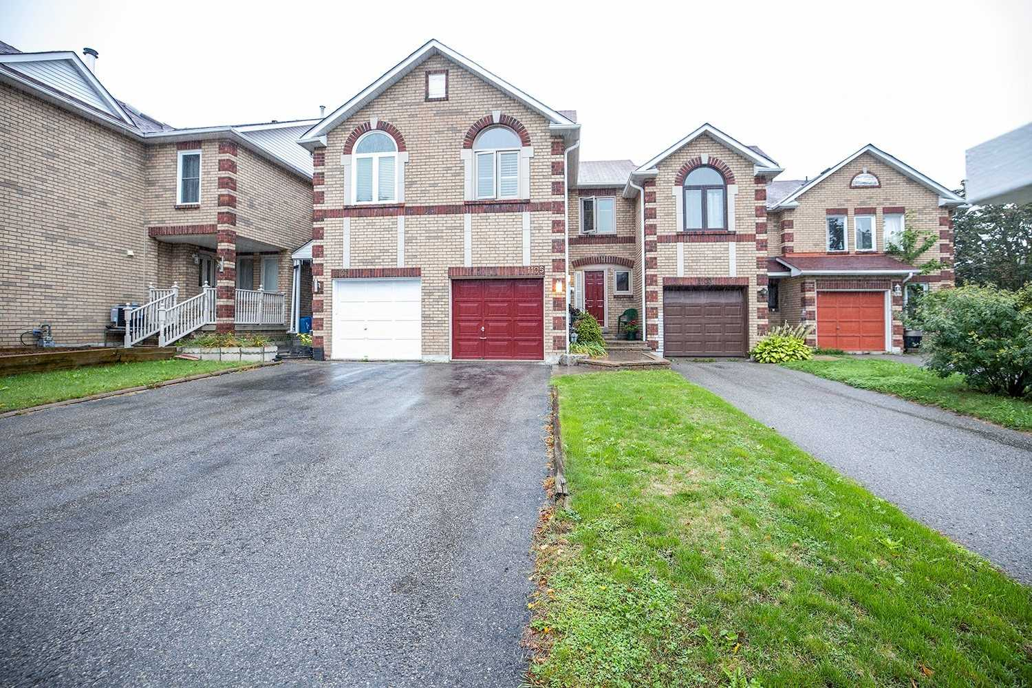 Att/row/twnhouse For Sale In Pickering