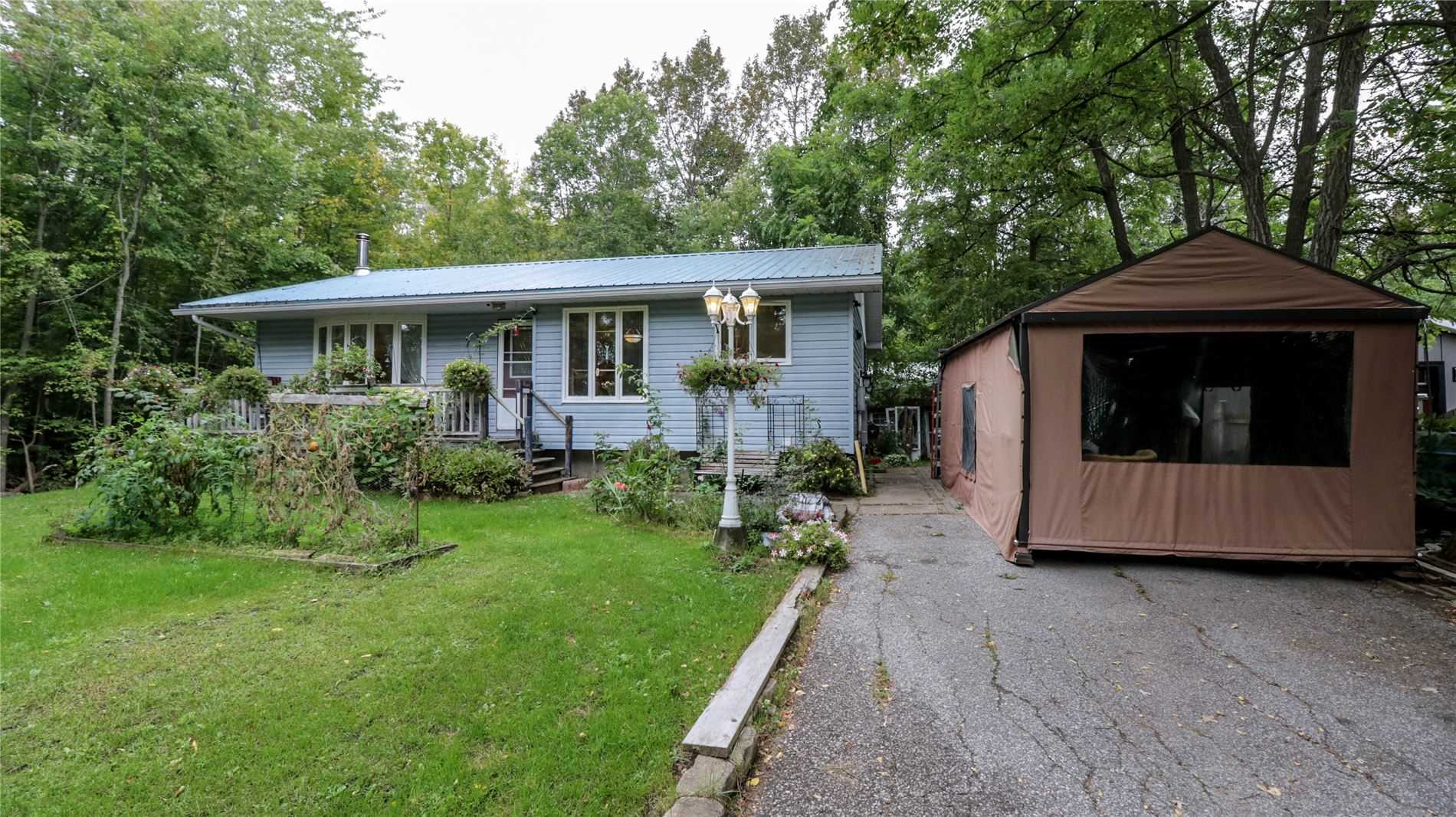 Detached house For Sale In Oro-Medonte