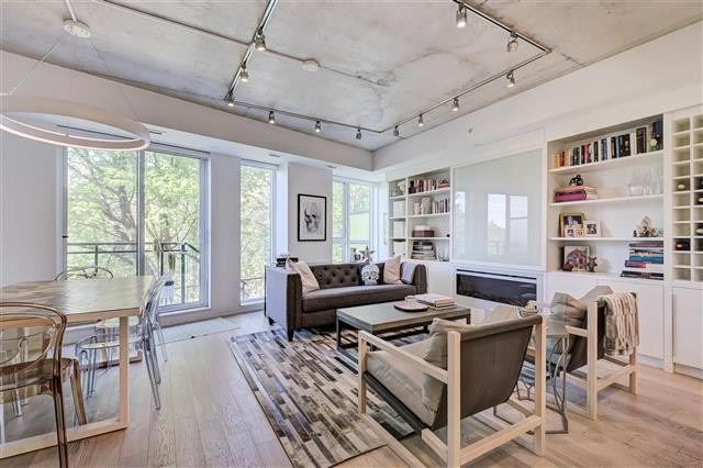 Condo Townhouse For Sale In Toronto , 2 Bedrooms Bedrooms, ,3 BathroomsBathrooms,Condo Townhouse,For Sale,107,Kingston