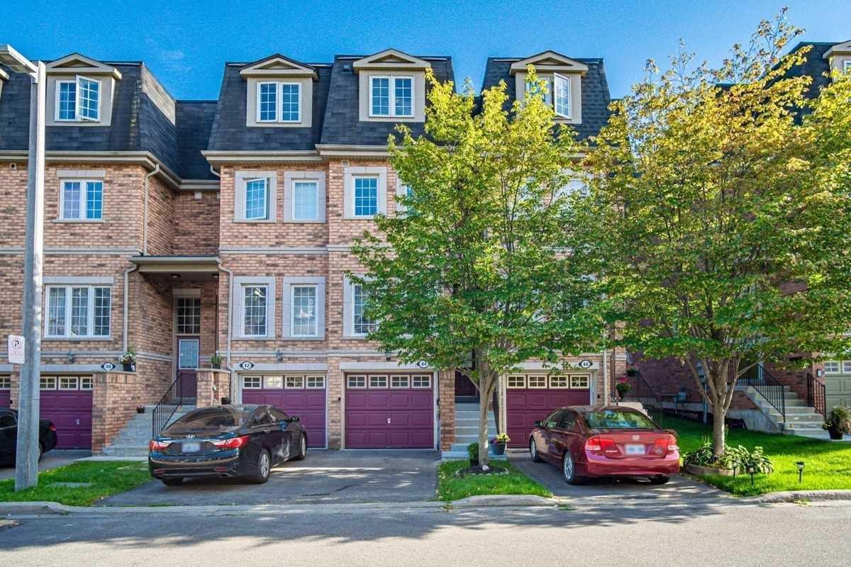 Condo Townhouse For Sale In Mississauga , 3 Bedrooms Bedrooms, ,3 BathroomsBathrooms,Condo Townhouse,For Sale,44,Hensall