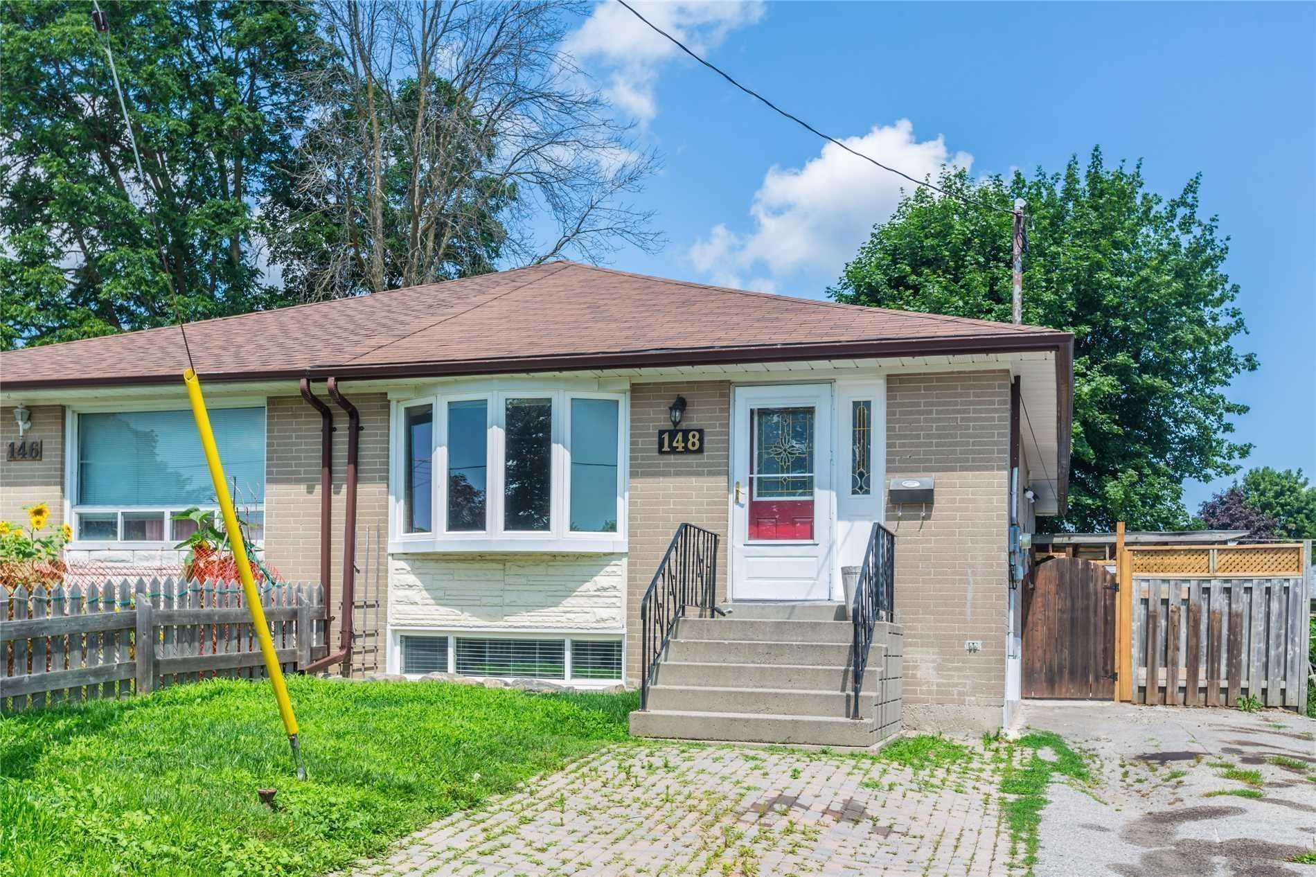Semi-Detached For Lease In Newmarket , 2 Bedrooms Bedrooms, ,1 BathroomBathrooms,Semi-Detached,For Lease,Bsmt,Longford