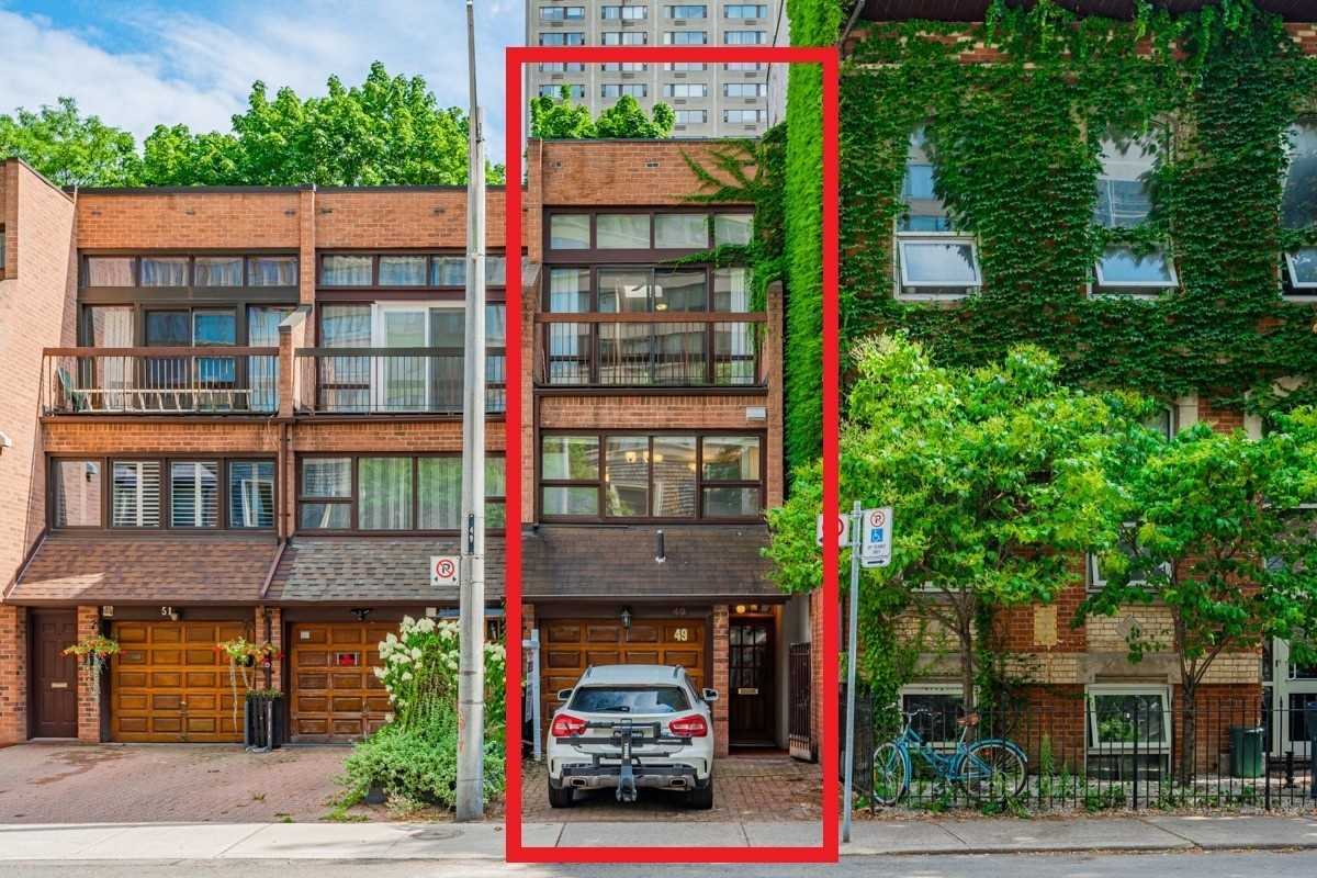 Att/row/twnhouse For Sale In Toronto , 3 Bedrooms Bedrooms, ,3 BathroomsBathrooms,Att/row/twnhouse,For Sale,Granby