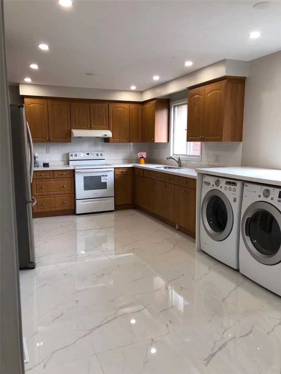 Semi-Detached For Lease In Toronto , 3 Bedrooms Bedrooms, ,1 BathroomBathrooms,Semi-Detached,For Lease,Shawnee(Upper)