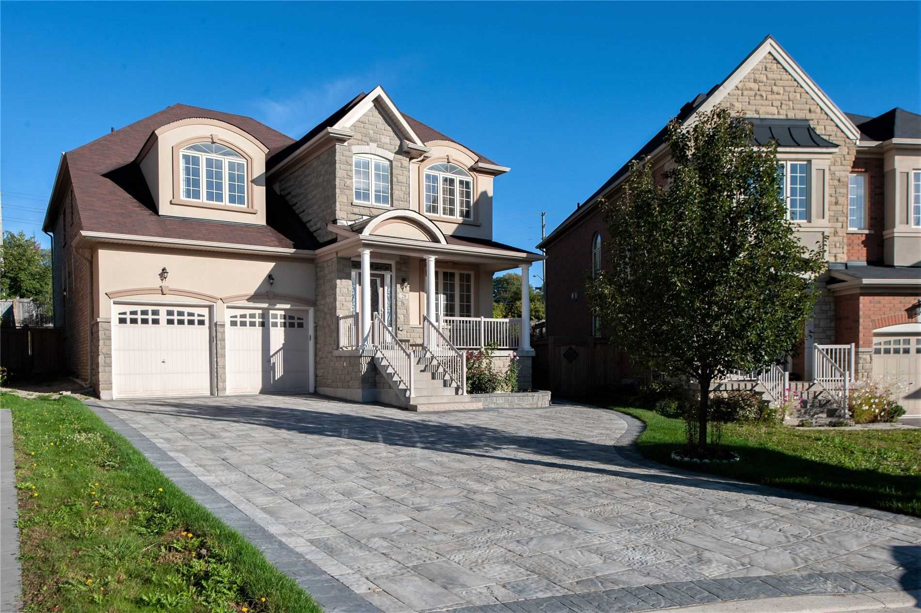 Detached house For Lease In Vaughan - 28 Countrywide Crt, Vaughan, Ontario, Canada L6A1W7 , 4 Bedrooms Bedrooms, ,5 BathroomsBathrooms,Detached,For Lease,Countrywide