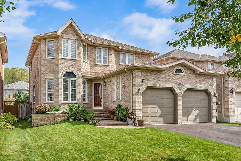 Detached house For Sale In Barrie - 37 Stoneybrook Cres, Barrie, Ontario, Canada L4N0A6 , 4 Bedrooms Bedrooms, ,4 BathroomsBathrooms,Detached,For Sale,Stoneybrook