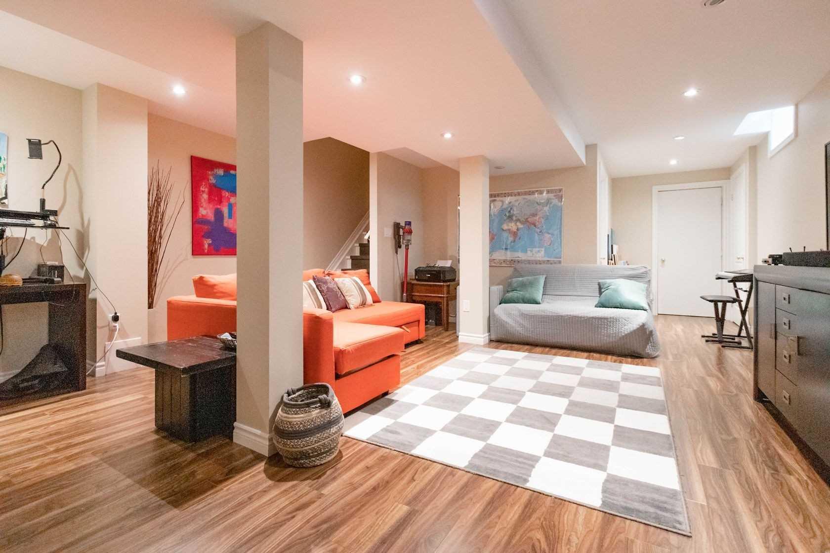 Semi-Detached For Sale In Oakville , 3 Bedrooms Bedrooms, ,3 BathroomsBathrooms,Semi-Detached,For Sale,Shorncliffe