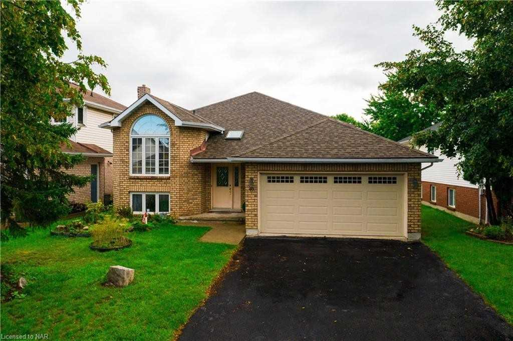 Detached house For Sale In St. Catharines - 49 Stoney Brook Cres, St. Catharines, Ontario, Canada L2S 3R4 , 3 Bedrooms Bedrooms, ,3 BathroomsBathrooms,Detached,For Sale,Stoney Brook
