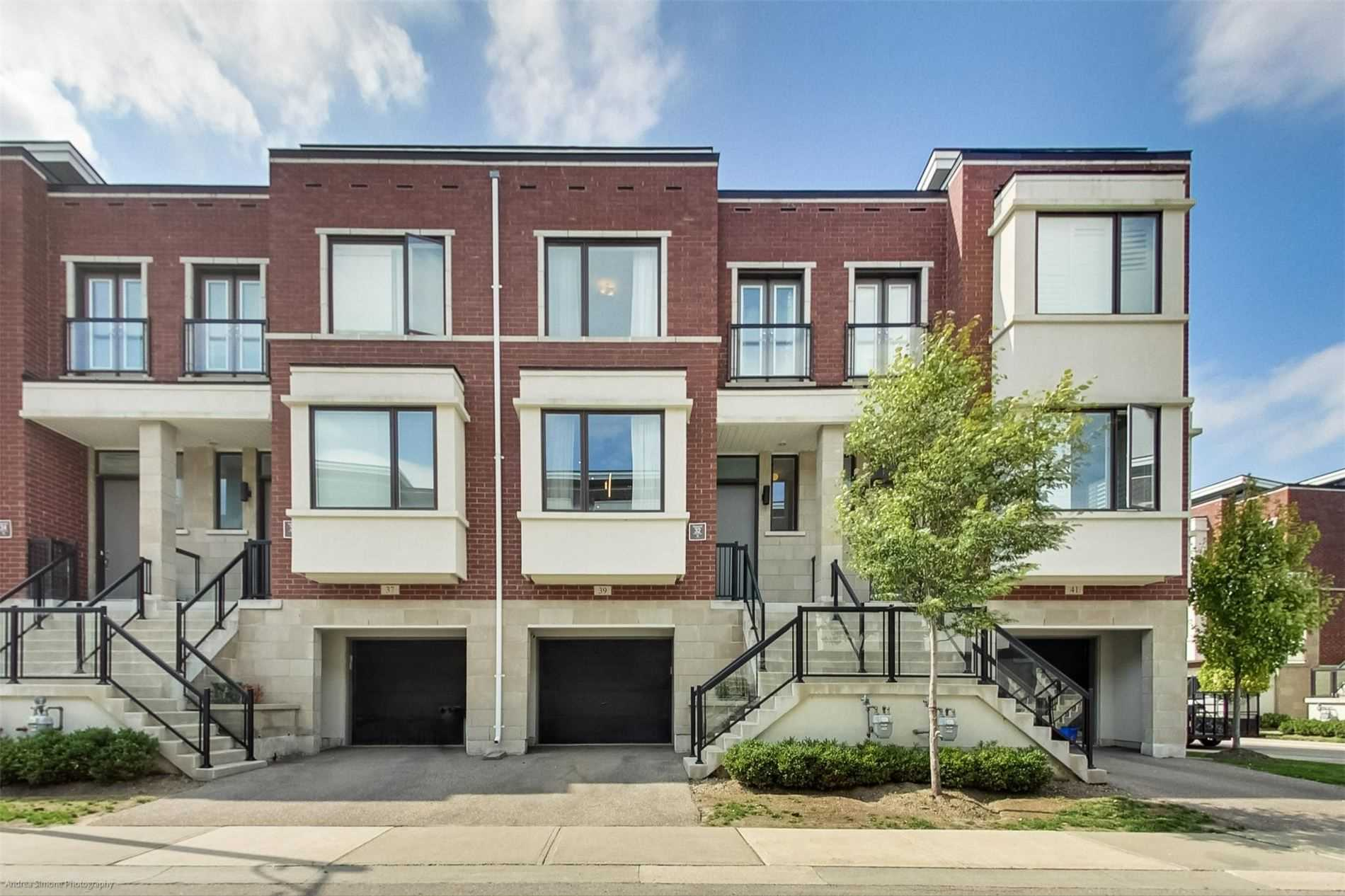 Att/row/twnhouse For Sale In Richmond Hill , 3 Bedrooms Bedrooms, ,3 BathroomsBathrooms,Att/row/twnhouse,For Sale,Genuine