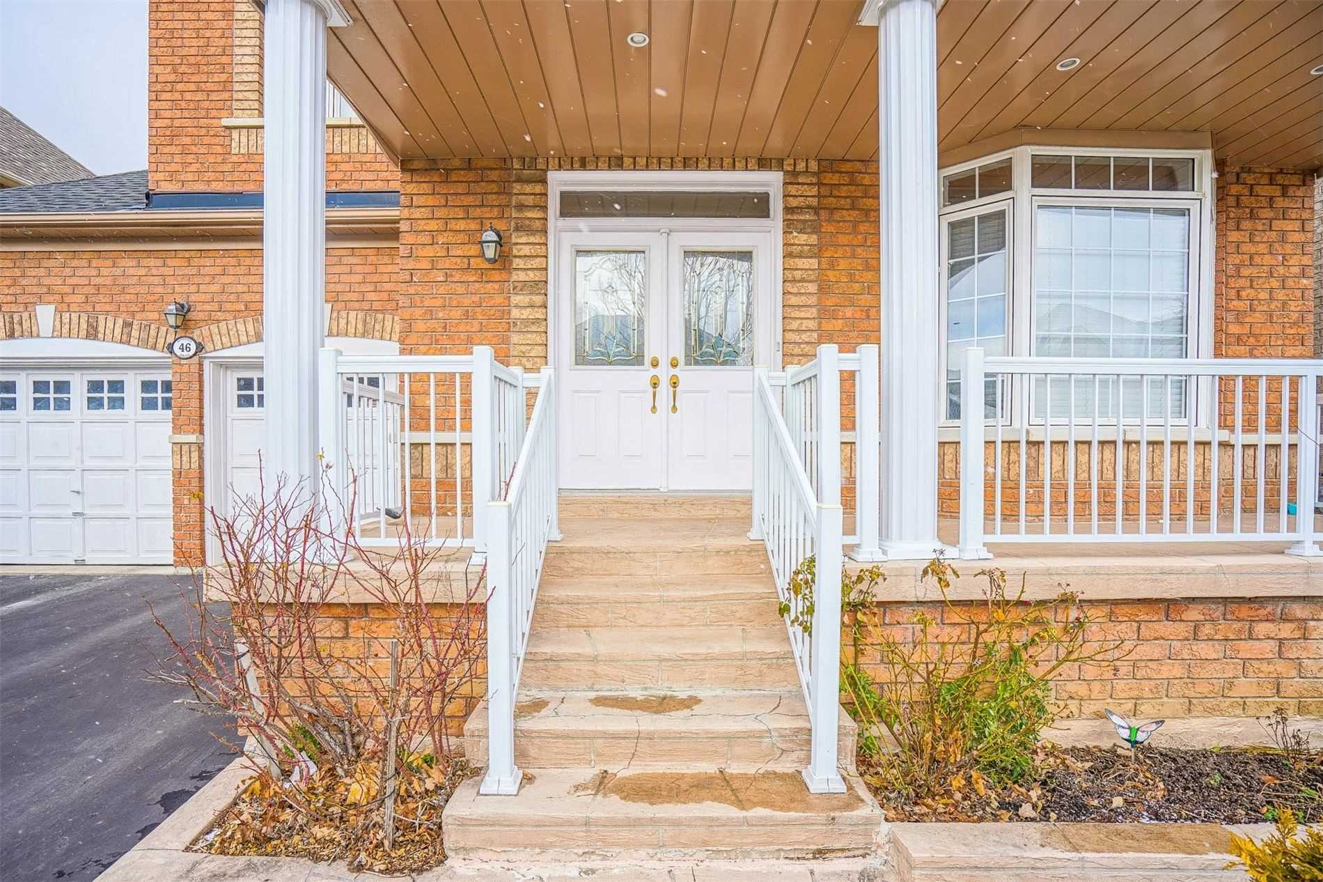 Detached house For Lease In Vaughan - 46 Dinsdale Dr, Vaughan, Ontario, Canada L4H2M2 , 4 Bedrooms Bedrooms, ,5 BathroomsBathrooms,Detached,For Lease,Dinsdale