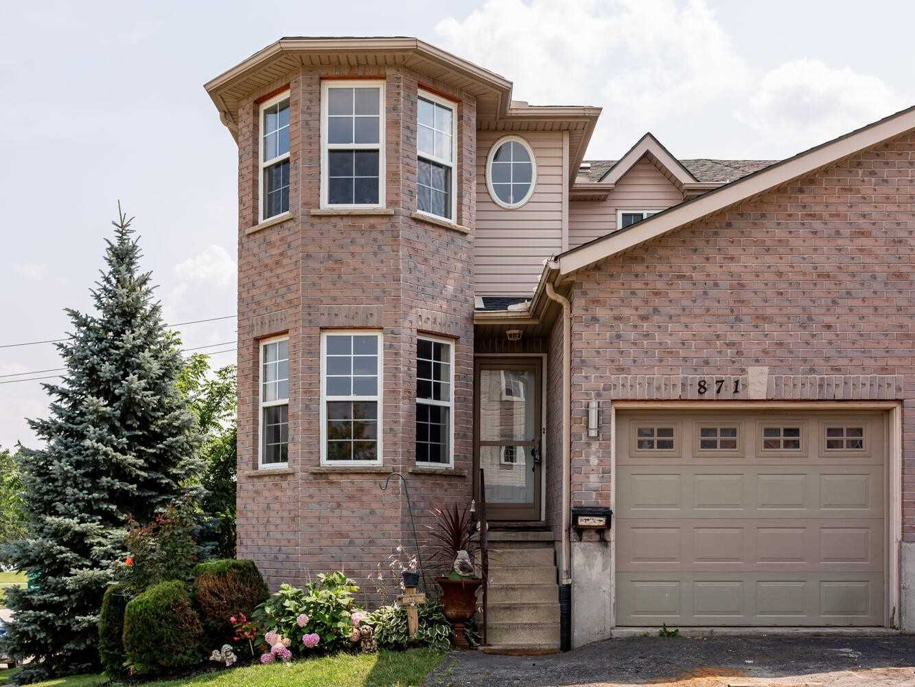 Semi-Detached For Lease In Woodstock , 3 Bedrooms Bedrooms, ,4 BathroomsBathrooms,Semi-Detached,For Lease,Hunters Gate