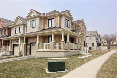 Detached house For Lease In Niagara Falls - 8001 Blue Ash Lane, Niagara Falls, Ontario, Canada L2H 2Y6 , 3 Bedrooms Bedrooms, ,3 BathroomsBathrooms,Detached,For Lease,Blue Ash