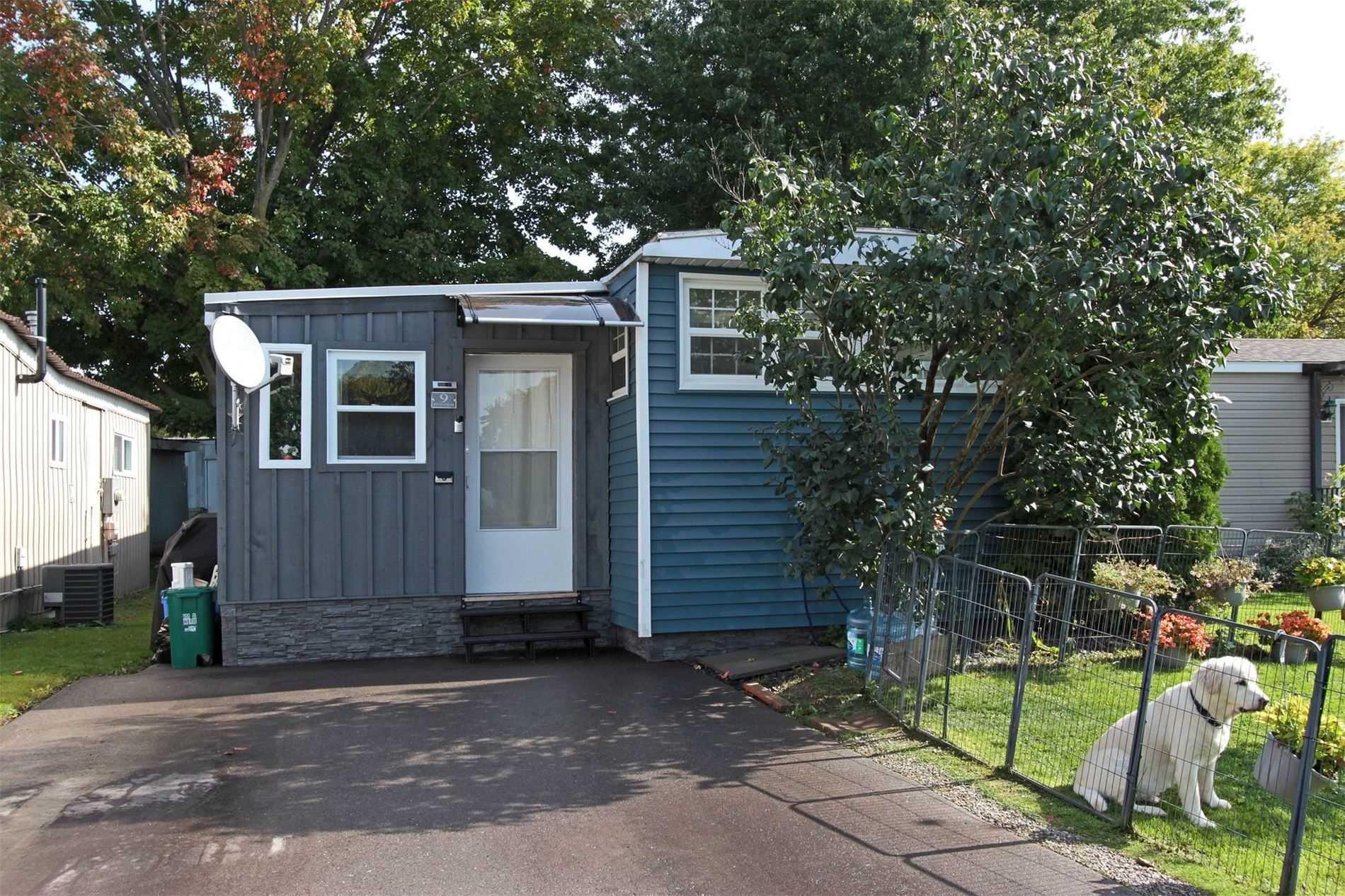 Mobile/trailer For Sale In Innisfil , 2 Bedrooms Bedrooms, ,1 BathroomBathrooms,Mobile/trailer,For Sale,Royal Oak