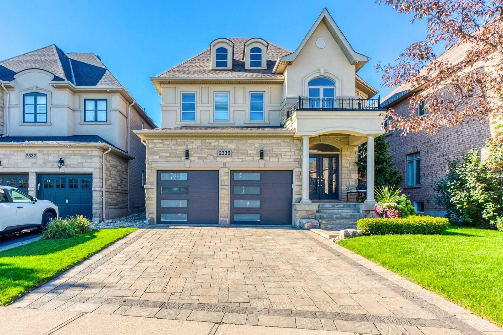 2336 Thruxton Dr, Oakville, Ontario L6H0C4, 4 Bedrooms Bedrooms, 10 Rooms Rooms,4 BathroomsBathrooms,Detached,For Sale,Thruxton,W5387874