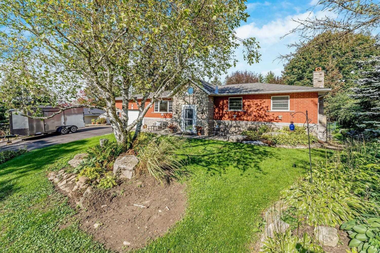 Detached house For Sale In Erin - 27 Delerin Cres, Erin, Ontario, Canada N0B 1T0 , 2 Bedrooms Bedrooms, ,2 BathroomsBathrooms,Detached,For Sale,Delerin