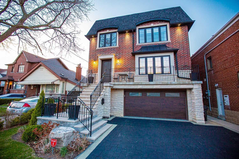 18 Davies Cres, Toronto, Ontario M4J2X5, 4 Bedrooms Bedrooms, 8 Rooms Rooms,5 BathroomsBathrooms,Detached,For Sale,Davies,E5388496