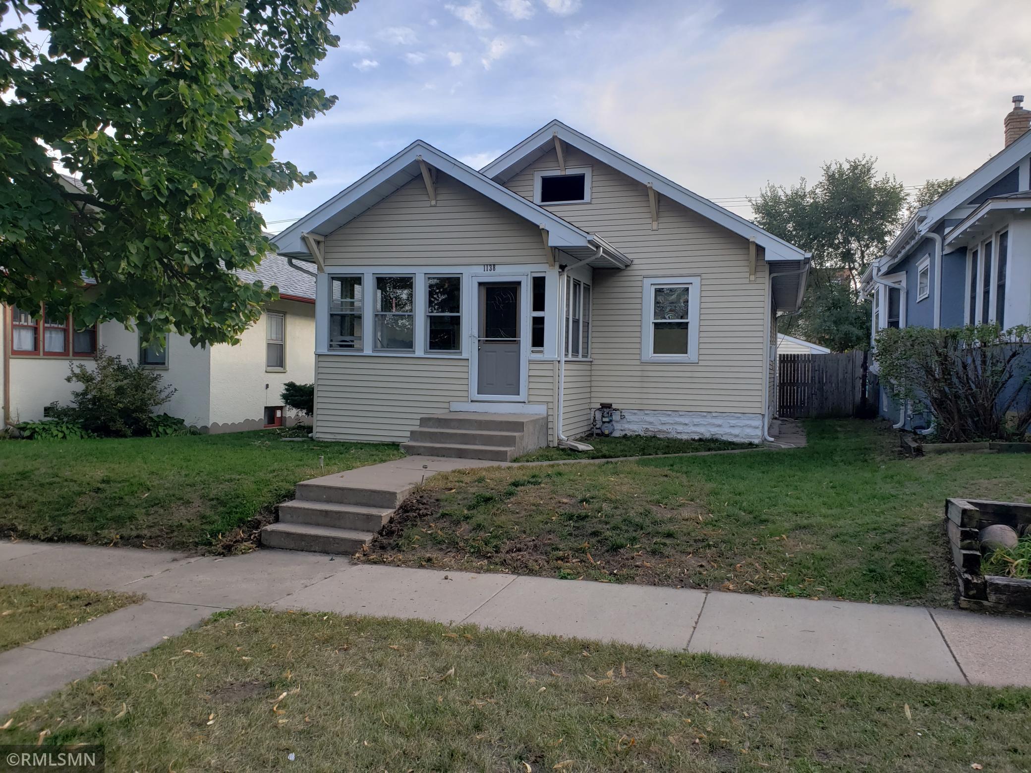 1138 Sherburne Avenue, Saint Paul, Minnesota 55104, 2 Bedrooms Bedrooms, ,1 BathroomBathrooms,Residential,For Sale,Sherburne,NST6107668