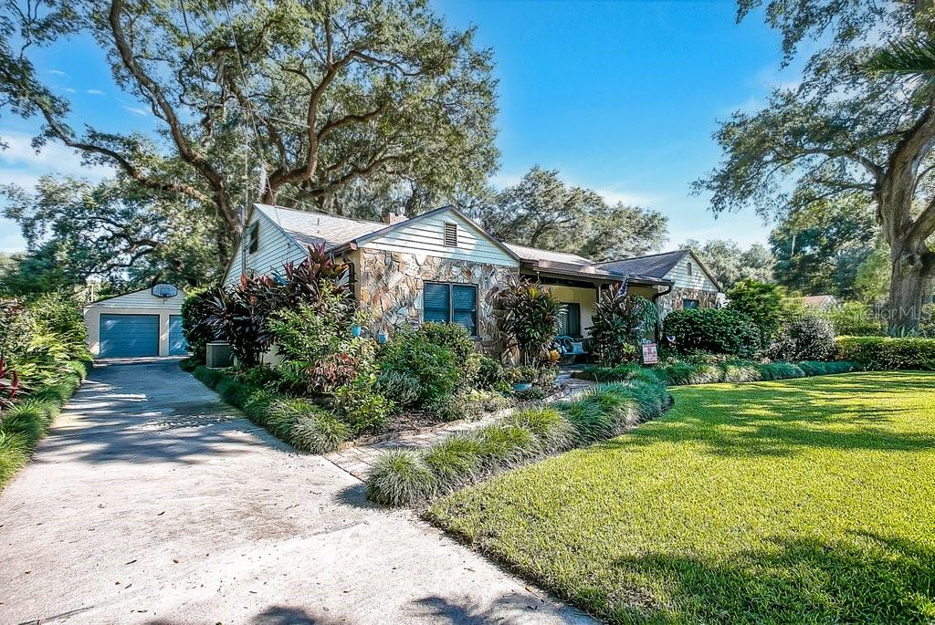 701 30TH STREET, ORLANDO, Florida 32806, 5 Bedrooms Bedrooms, ,2 BathroomsBathrooms,Residential,For Sale,30TH,MFRO5976915