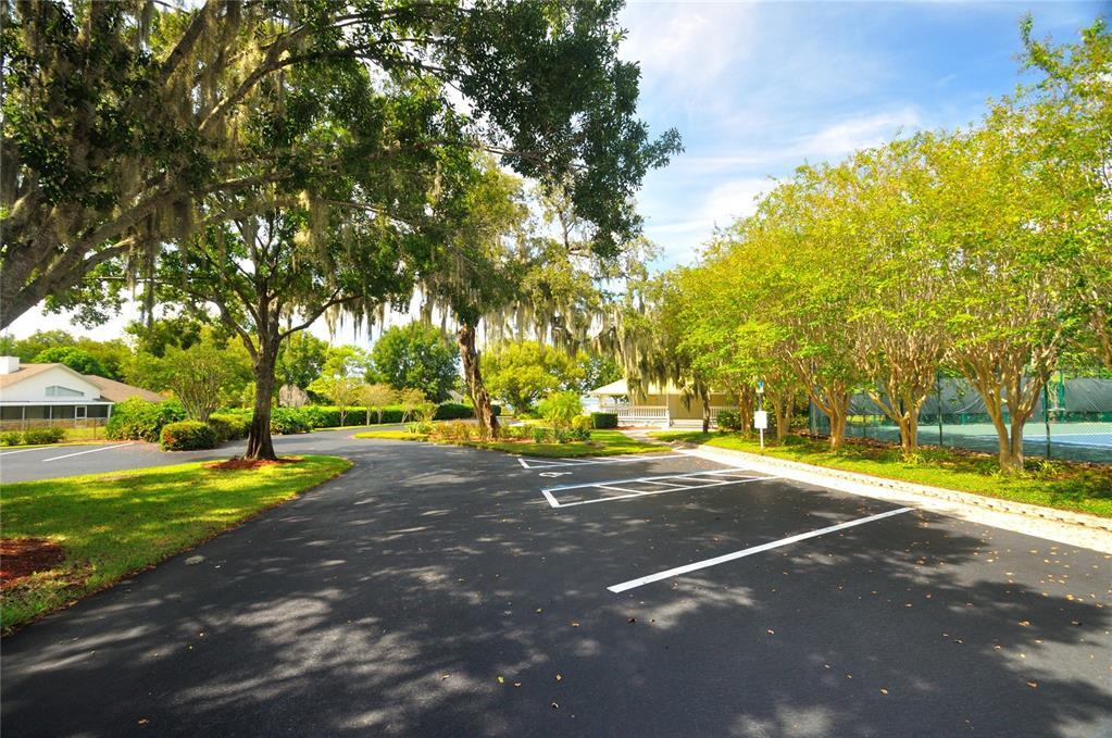 10131 BRANDON CIRCLE, ORLANDO, Florida 32836, 5 Bedrooms Bedrooms, ,2 BathroomsBathrooms,Residential,For Sale,BRANDON,MFRO5976999