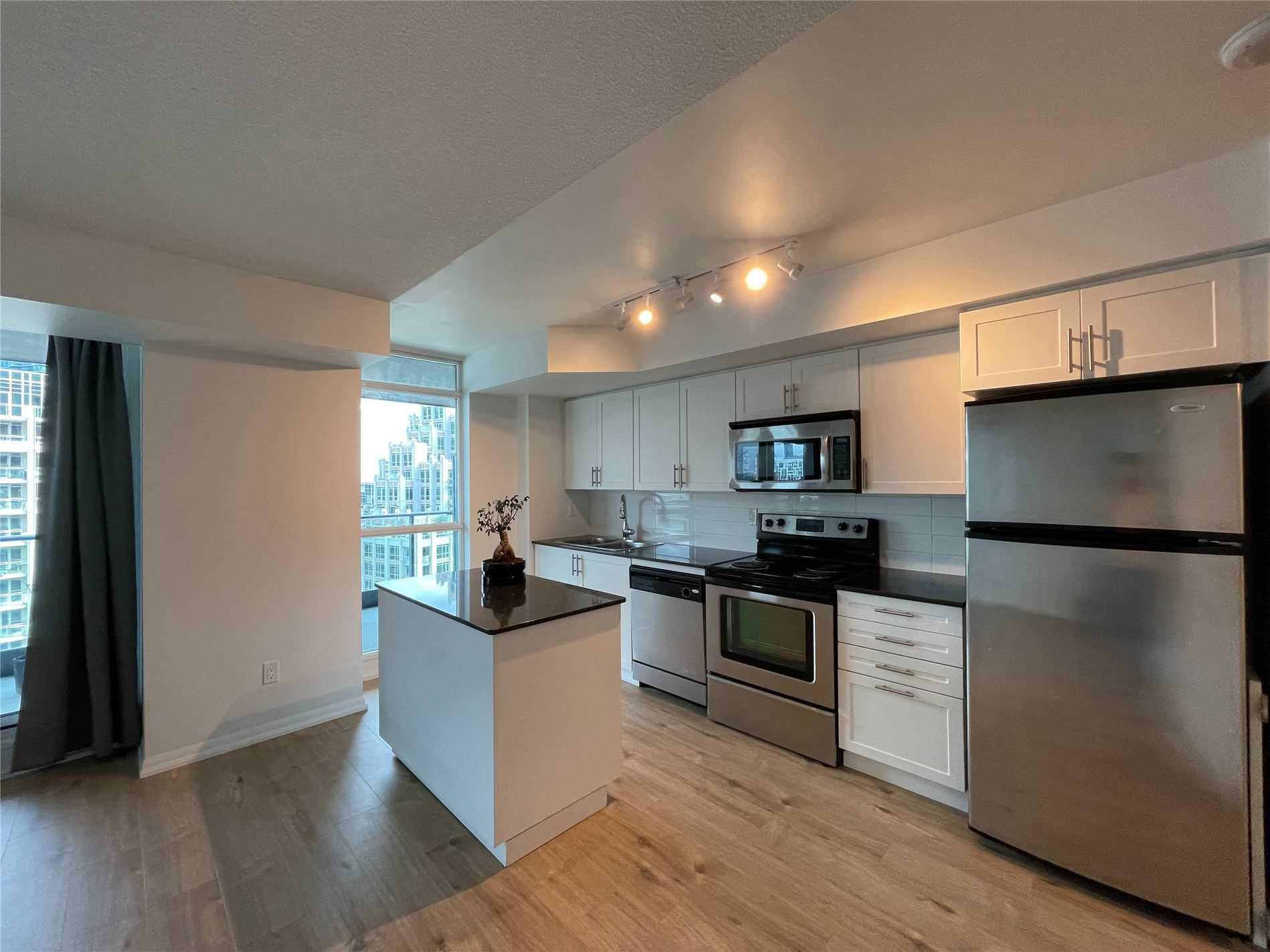 Condo Apt For Lease In Toronto , 2 Bedrooms Bedrooms, ,2 BathroomsBathrooms,Condo Apt,For Lease,1369,Fort York