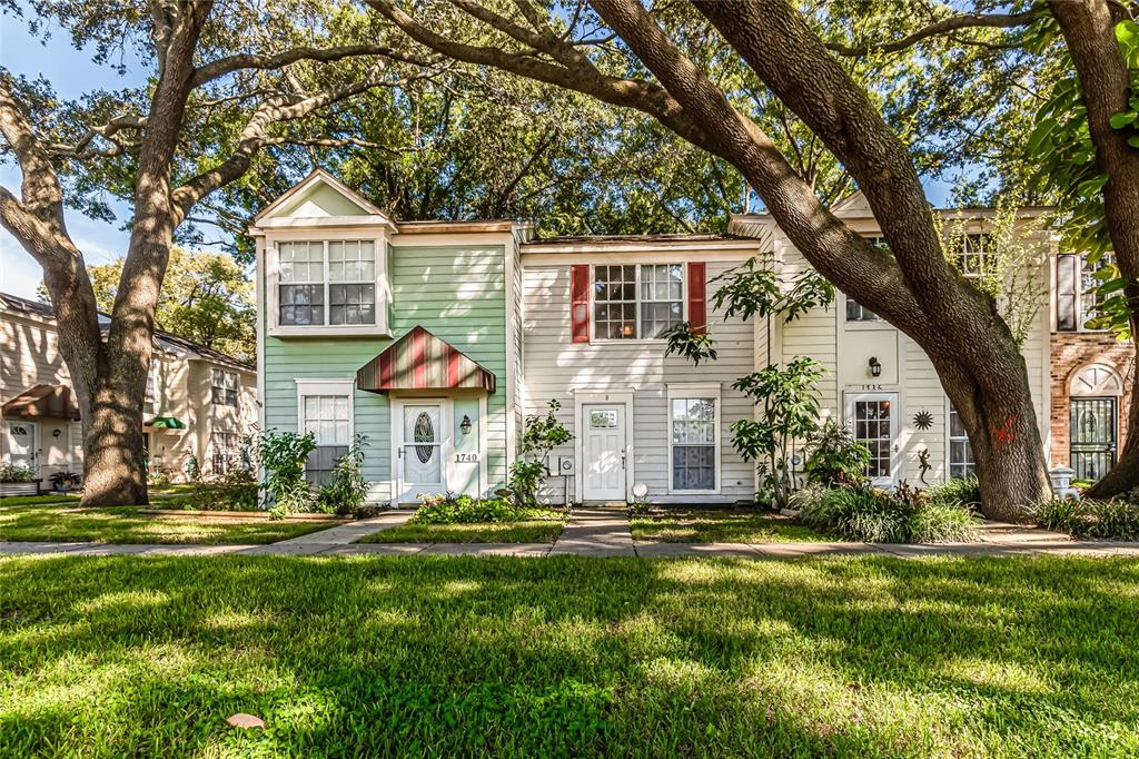 1738 MILL RUN CIRCLE, TAMPA, Florida 33613, 1 Bedroom Bedrooms, ,1 BathroomBathrooms,Residential,For Sale,MILL RUN,MFRT3333628