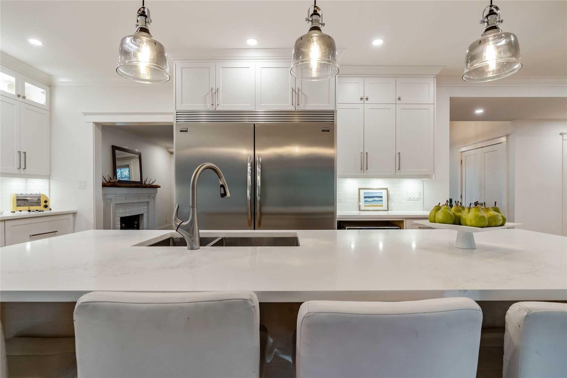 234 Linwood Cres, Burlington, Ontario L7L4A1, 4 Bedrooms Bedrooms, 10 Rooms Rooms,3 BathroomsBathrooms,Detached,For Sale,Linwood,W5395461