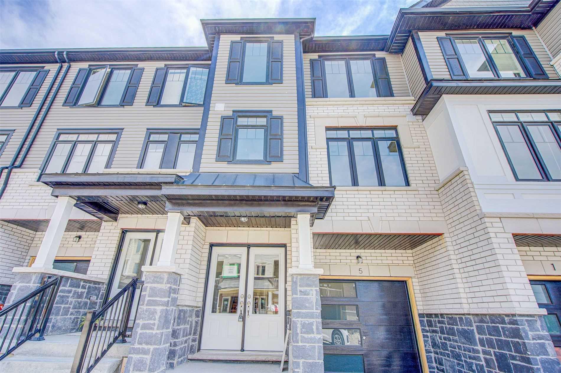 5 Ambreen Pl, Clarington, Ontario L1C 7H5, 3 Bedrooms Bedrooms, ,4 BathroomsBathrooms,Att/row/twnhouse,For Lease,Ambreen,E5395954