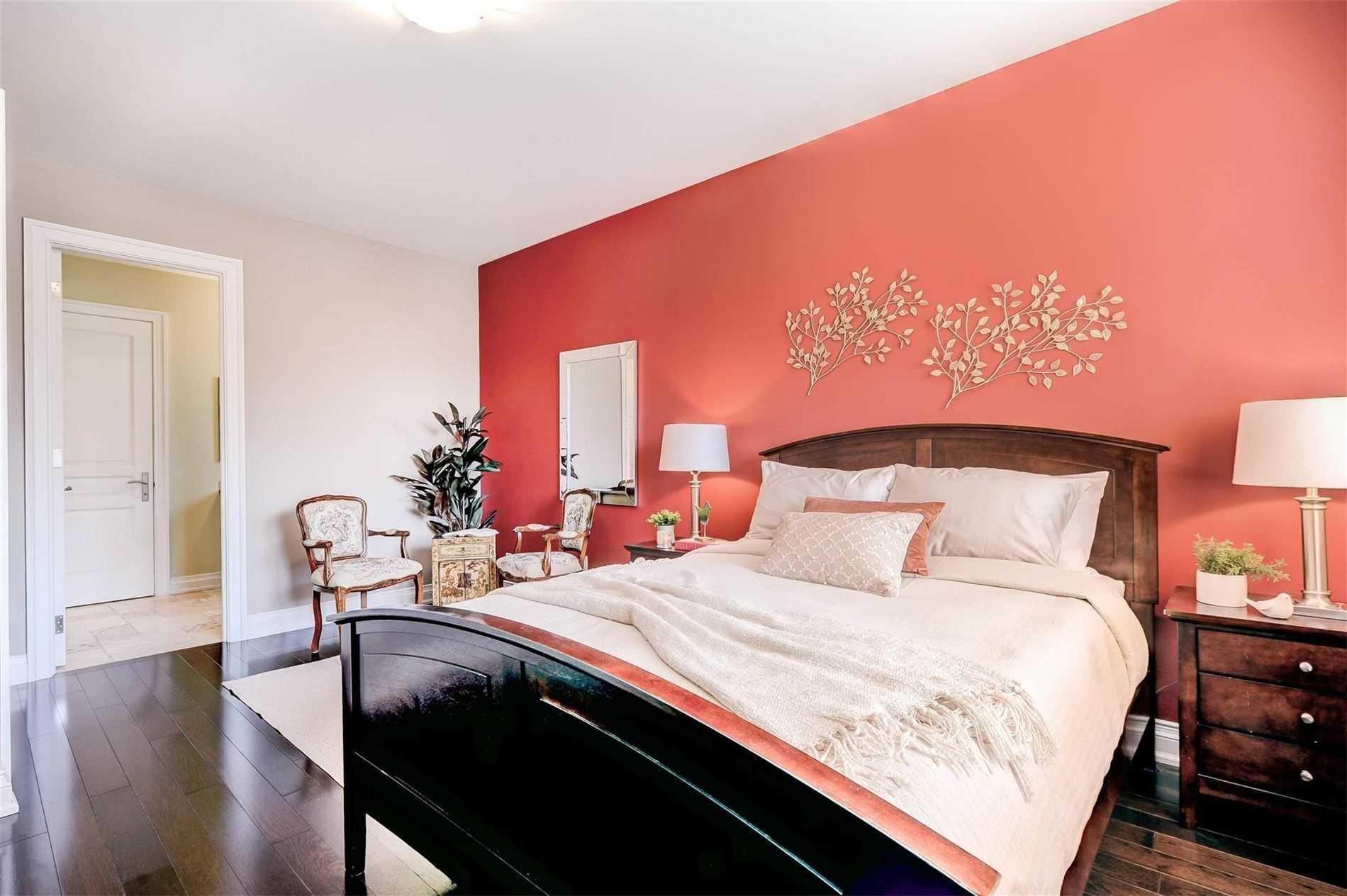 10 Hughson Dr, Markham, Ontario L3R2T4, 4 Bedrooms Bedrooms, 10 Rooms Rooms,6 BathroomsBathrooms,Detached,For Sale,Hughson,N5395861