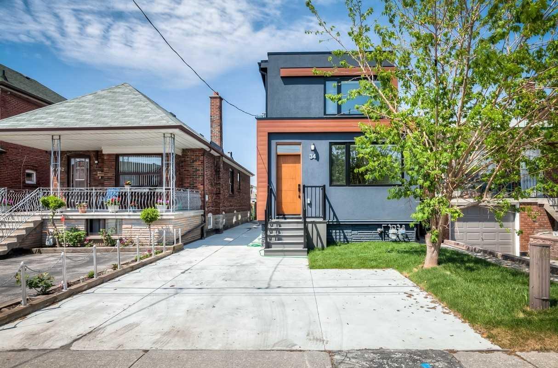 Triplex For Lease In Toronto , 3 Bedrooms Bedrooms, ,2 BathroomsBathrooms,Triplex,For Lease,Main,Miranda