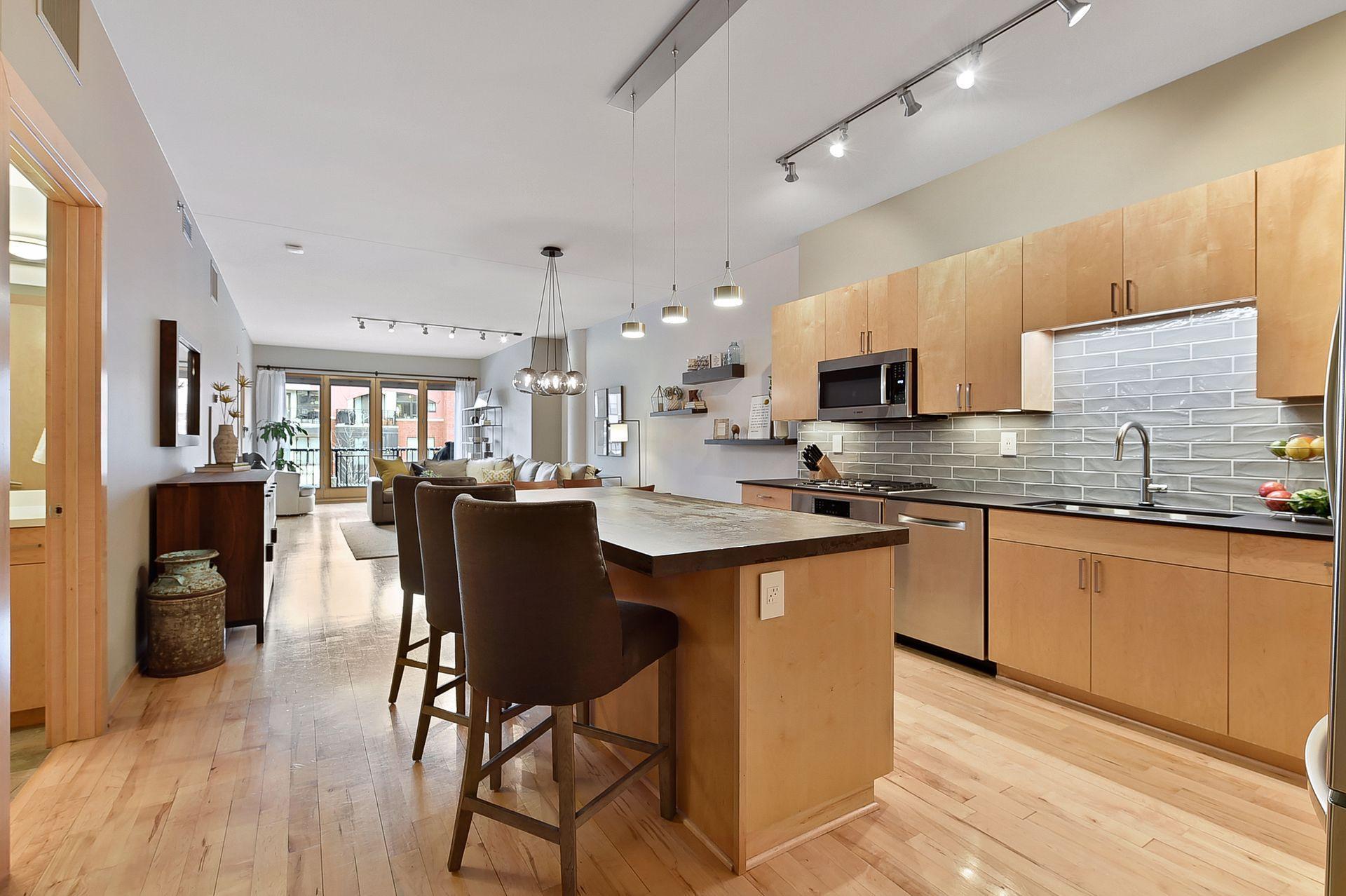 401 2nd Street, Minneapolis, Minnesota 55401, 2 Bedrooms Bedrooms, ,1 BathroomBathrooms,Residential Lease,For Sale,2nd,NST6112003