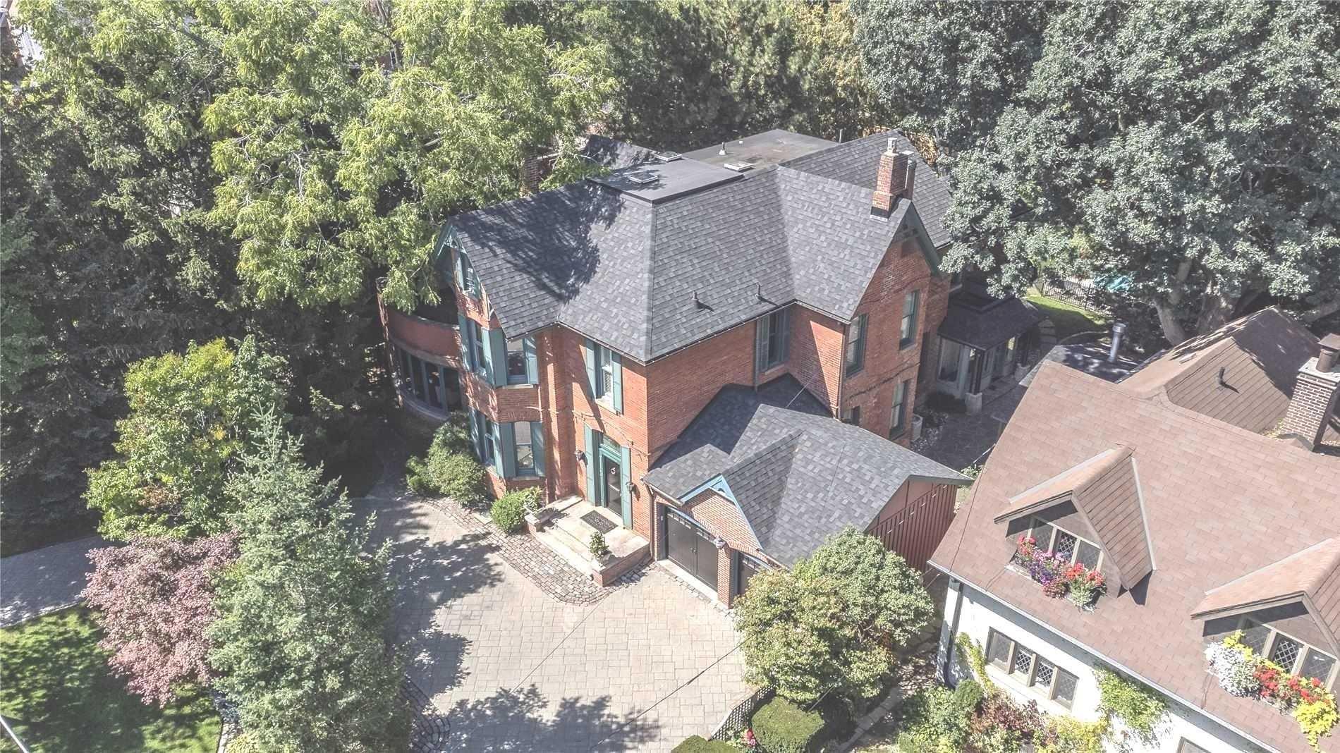 98 Blythwood Rd, Toronto, Ontario M4N1A4, 8 Bedrooms Bedrooms, 15 Rooms Rooms,5 BathroomsBathrooms,Detached,For Sale,Blythwood,C5399961