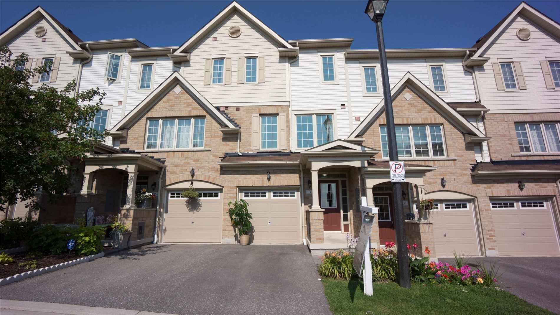 Att/row/twnhouse For Lease In Whitby , 3 Bedrooms Bedrooms, ,4 BathroomsBathrooms,Att/row/twnhouse,For Lease,Magpie