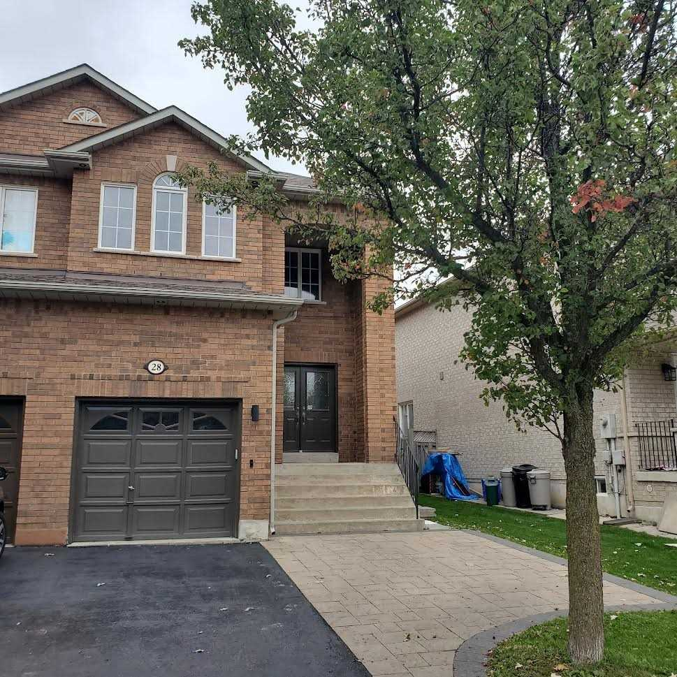 Semi-Detached For Lease In Vaughan , 3 Bedrooms Bedrooms, ,3 BathroomsBathrooms,Semi-Detached,For Lease,Laura Sabrina