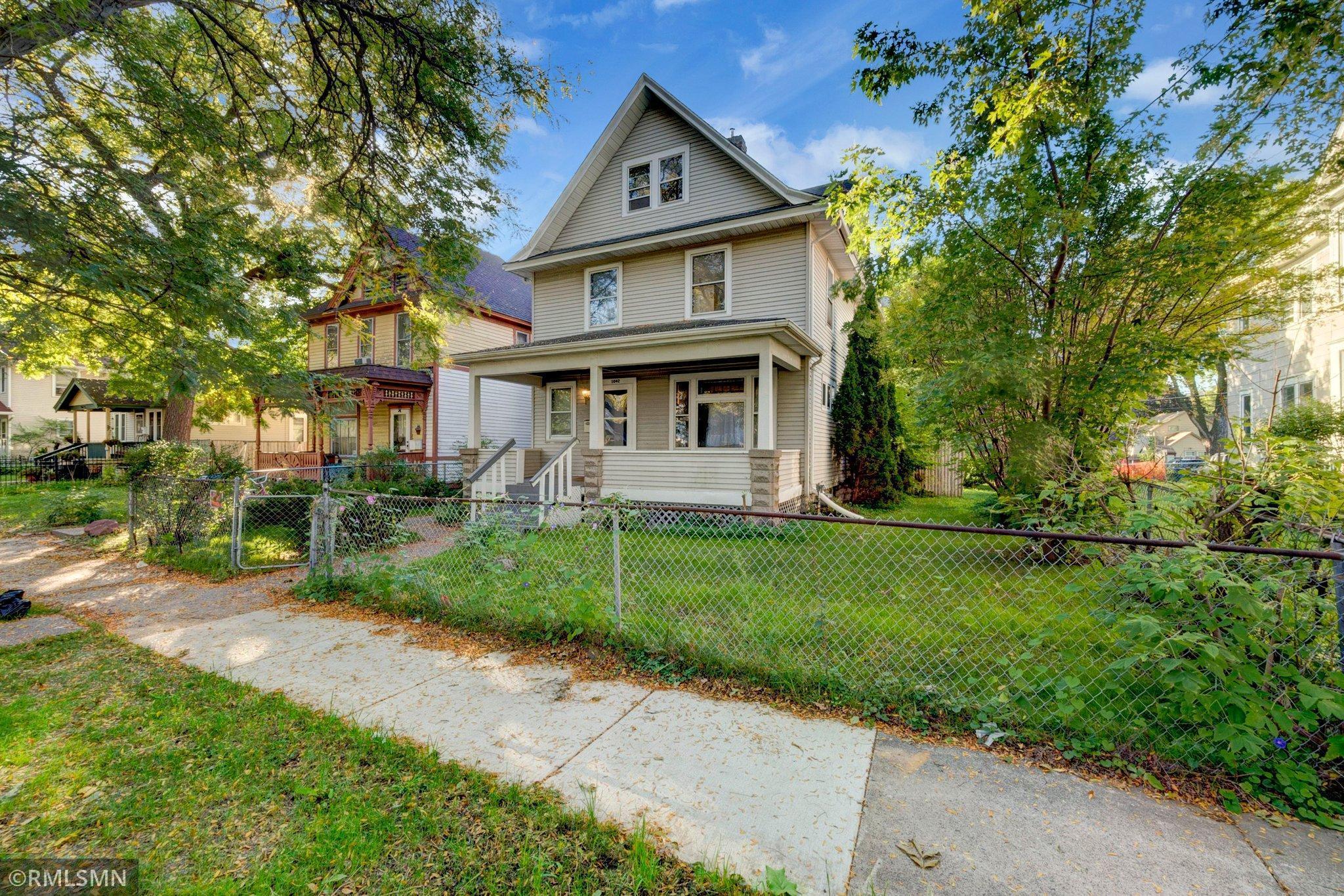1042 Reaney Avenue, Saint Paul, Minnesota 55106, 4 Bedrooms Bedrooms, ,1 BathroomBathrooms,Residential,For Sale,Reaney,NST6114171