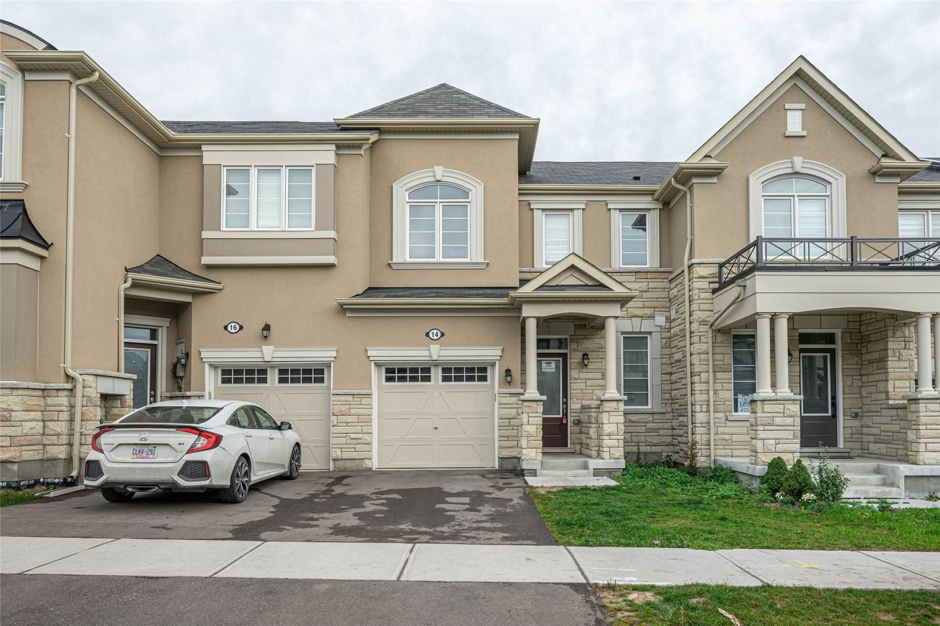 Att/row/twnhouse For Sale In Richmond Hill , 3 Bedrooms Bedrooms, ,3 BathroomsBathrooms,Att/row/twnhouse,For Sale,Ness